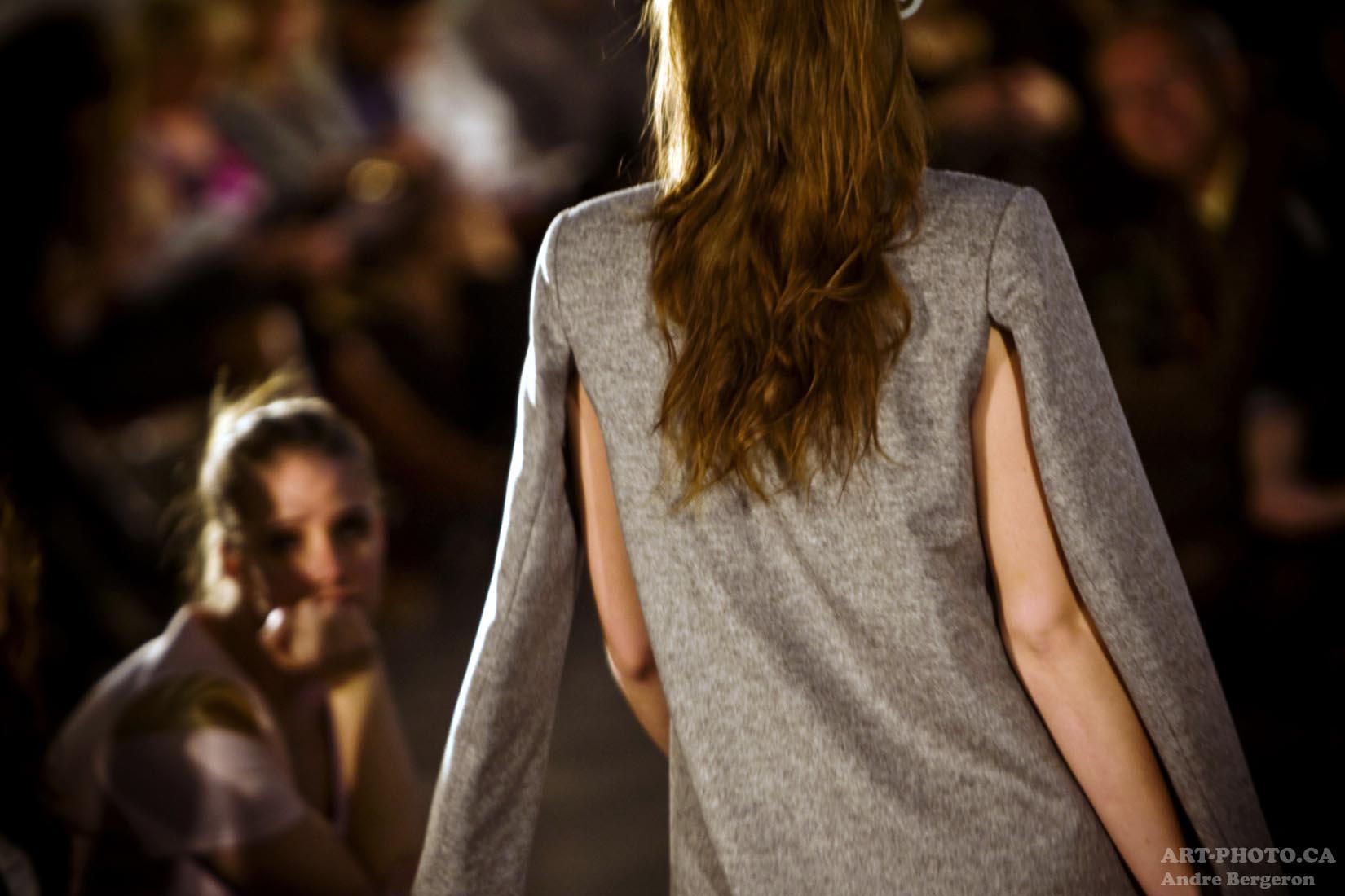 D�fil� des finissants de l'�cole sup�rieure de mode de Montr�al mode fashion photo